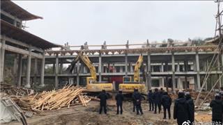 威尼斯人网上娱乐寿山村某寺庙违建被依法折除